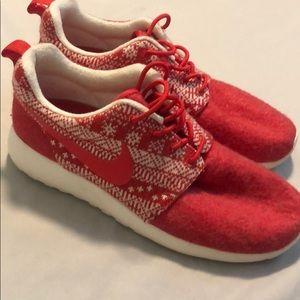 Nike 'Christmas Sweater' Roshe